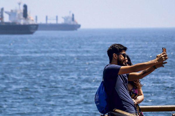 Turismo se contrajo 25% en octubre y noviembre: Santiago y Valparaíso, las zonas más afectadas